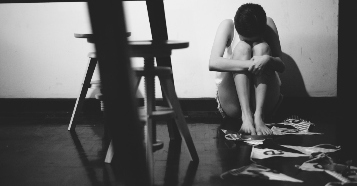 10 lucruri pe care să NU le faci atunci când ești deprimată