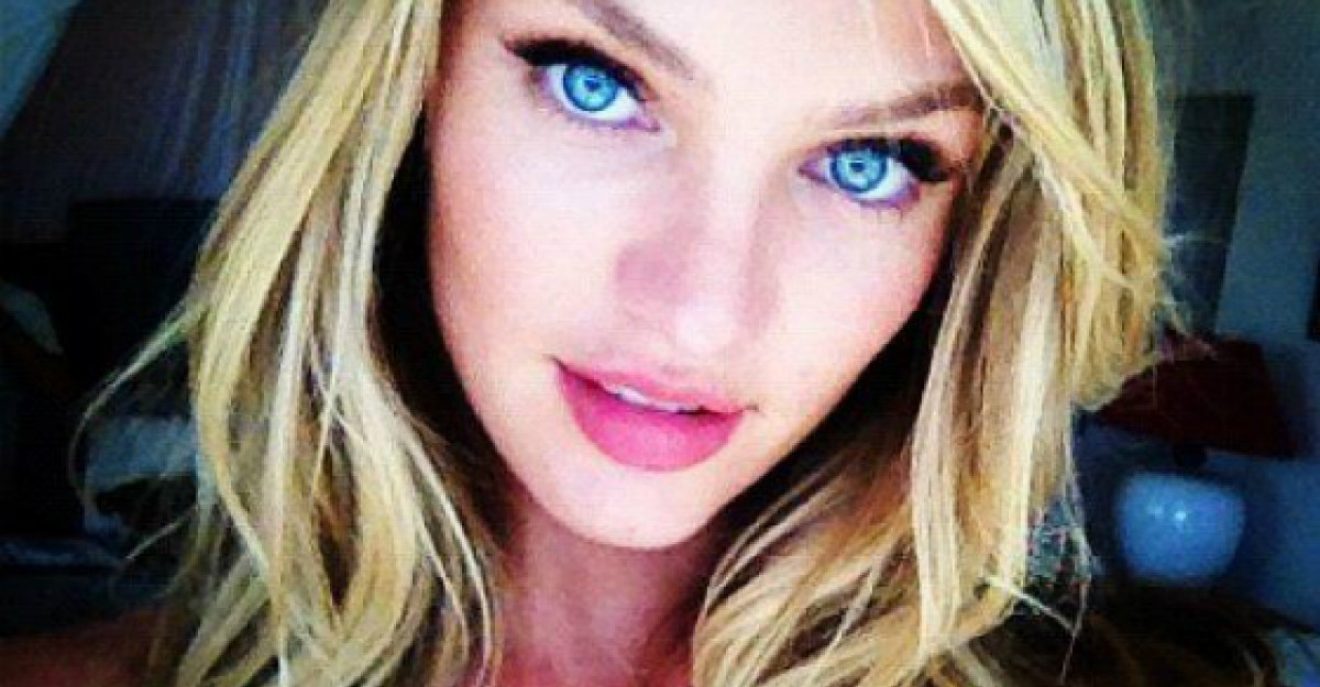 Foto: Candice Swanepoel in costum de baie, fara Photoshop!