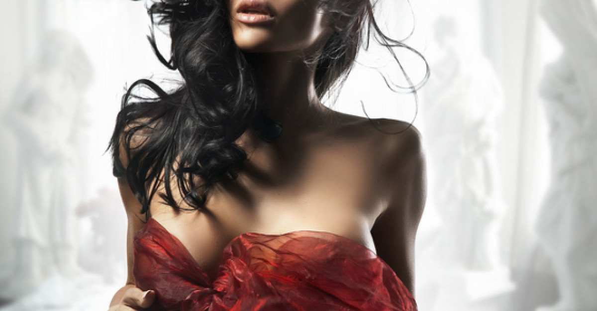 Femeia perfecta exista! Cum arata un corp de fotomodel fara Photoshop?