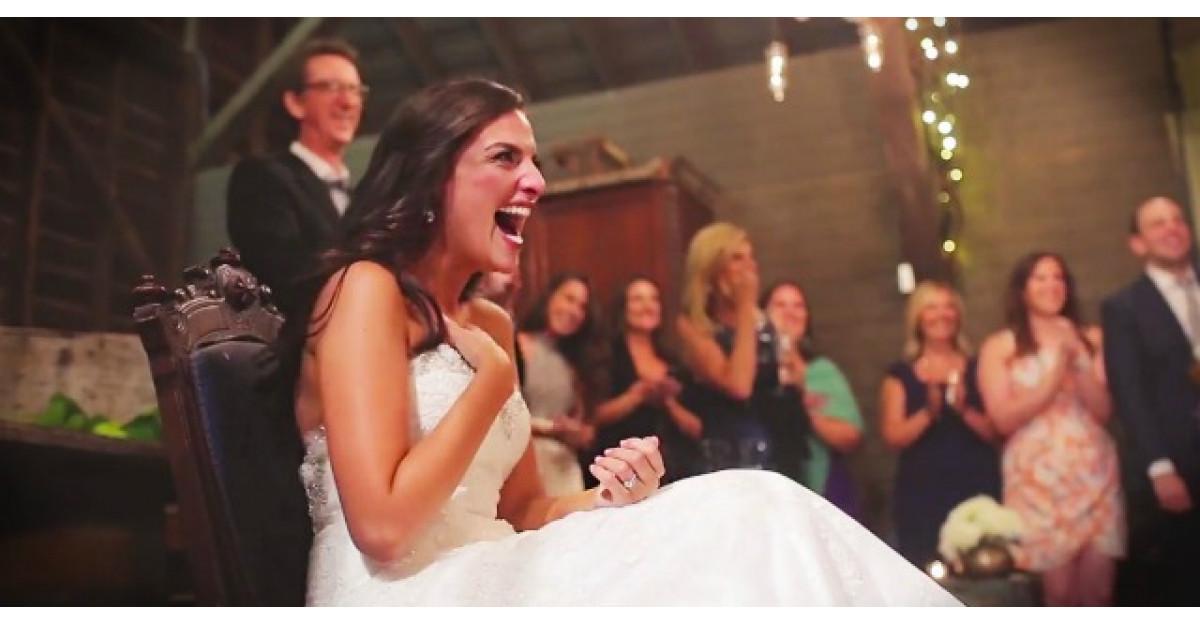 Credea ca ii face mirelui o surpriza in ziua nuntii. Insa ea a fost cea surprinsa
