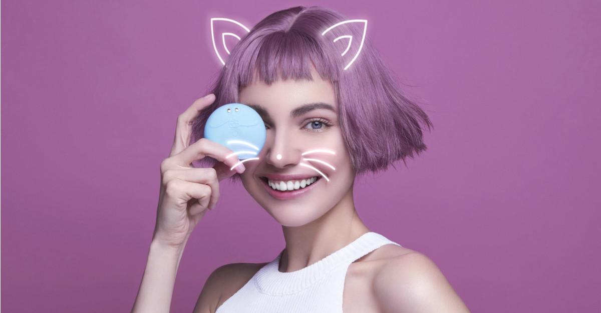 Descoperă FOREO LUNA play smart - prima perie facială de curățare inteligentă din lume