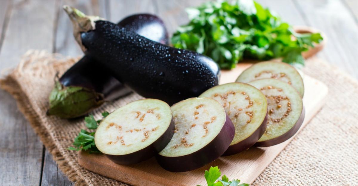 Din legumele toamnei: Vinetele, beneficii pentru sanatate