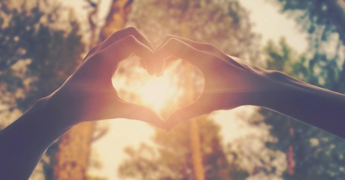Surse de energie: iubirea iti da aripi!