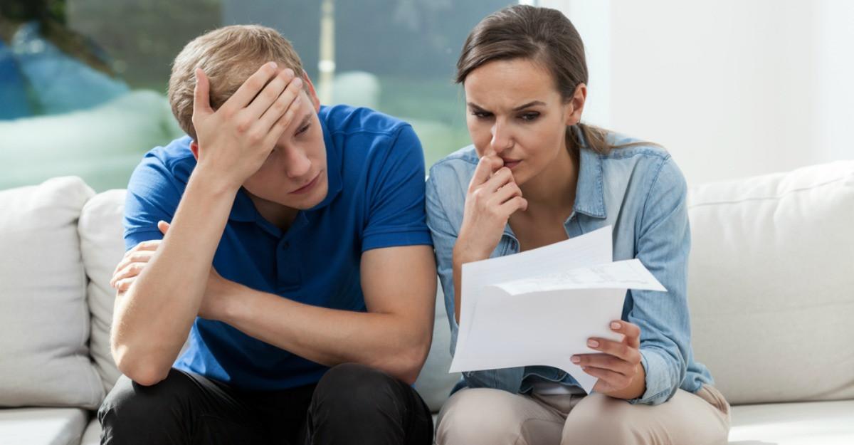 Cum să îți gestionezi mai inspirat veniturile lunare atunci când ai un buget limitat