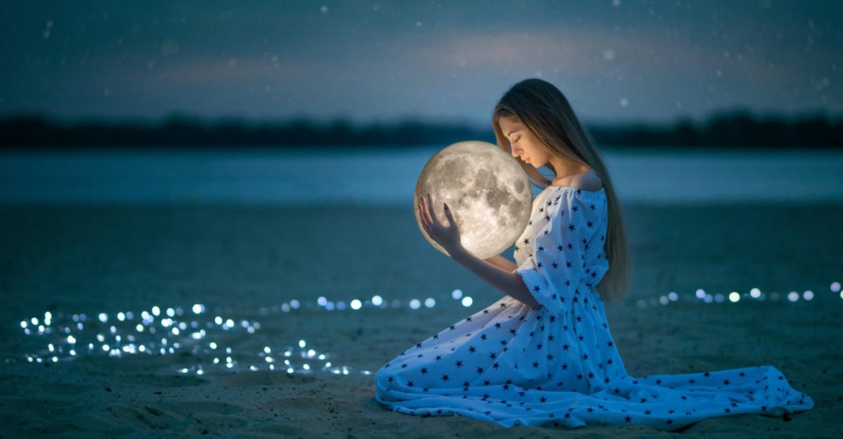 26 August, Luna Plină în Pești. Este timpul să facem ordine în viețile noastre