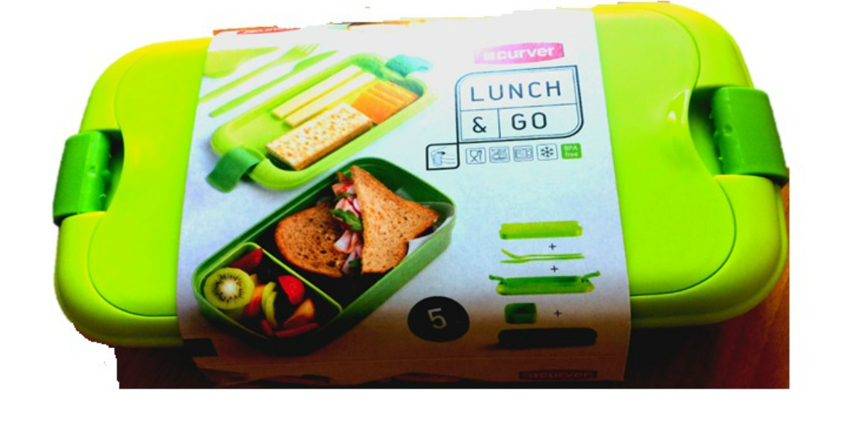Am gasit cea mai draguta cutie pentru alimente cu tacamuri incluse - pentru pranzul la birou