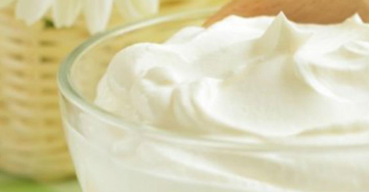Iaurtul - alimentul esential al unei diete sanatoase