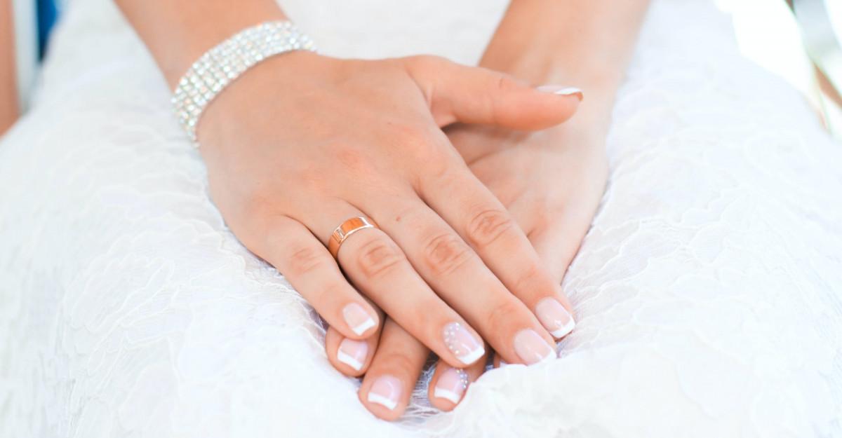 6 avantaje ale unghiilor french