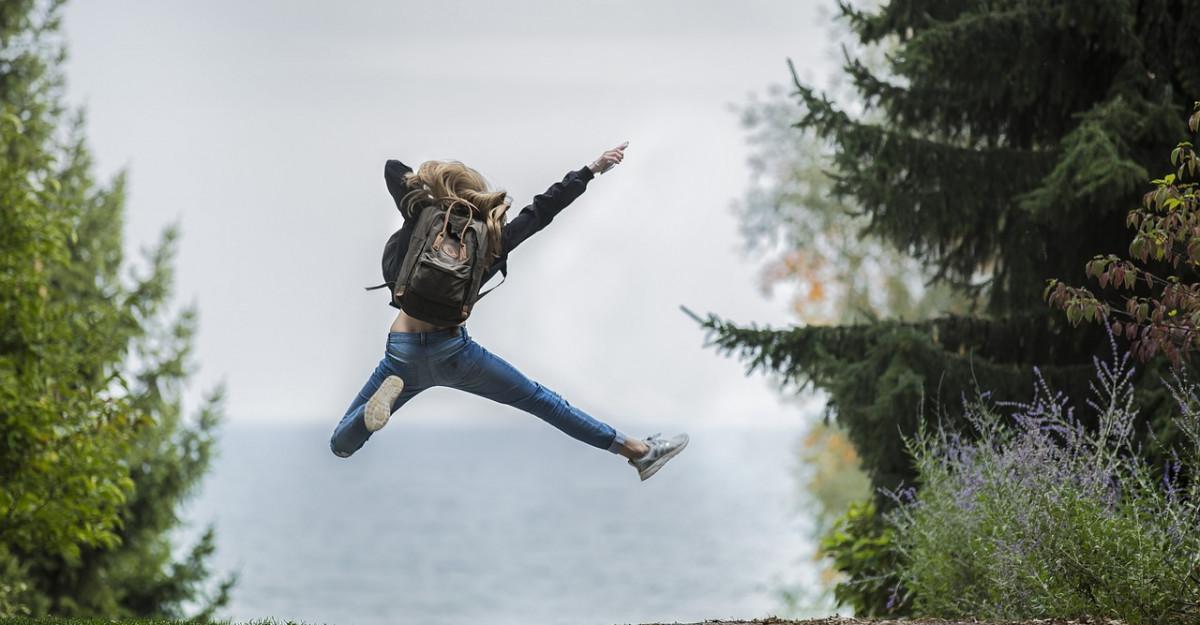 Nu mai tanji dupa viata altora. 8 Secrete pentru a trai o viata mai fericita