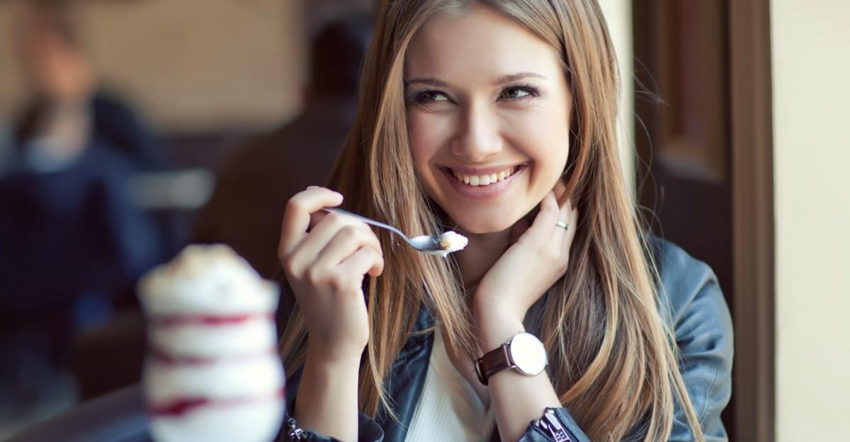 Dieta celor 8 ore: dispar kilogramele fara sa te uiti la ce mananci
