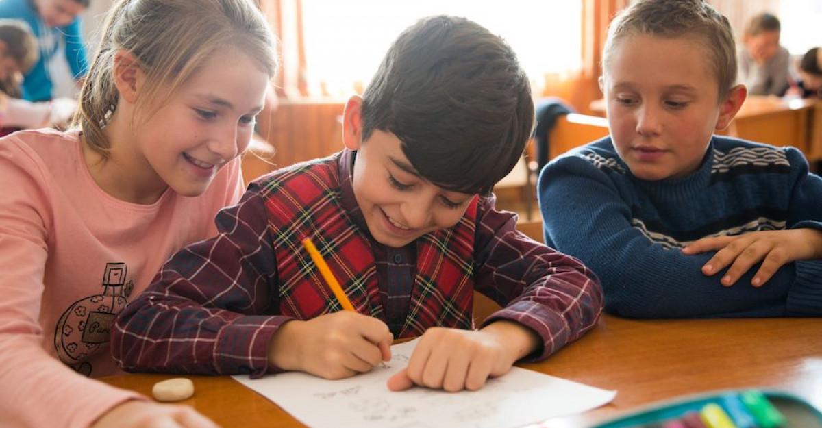 De Ziua Internațională a Drepturilor Copilului, Palatul Cotroceni se colorează in albastru