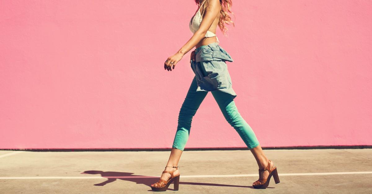 Pantaloni trei sferturi: 4 propuneri pentru vara asta