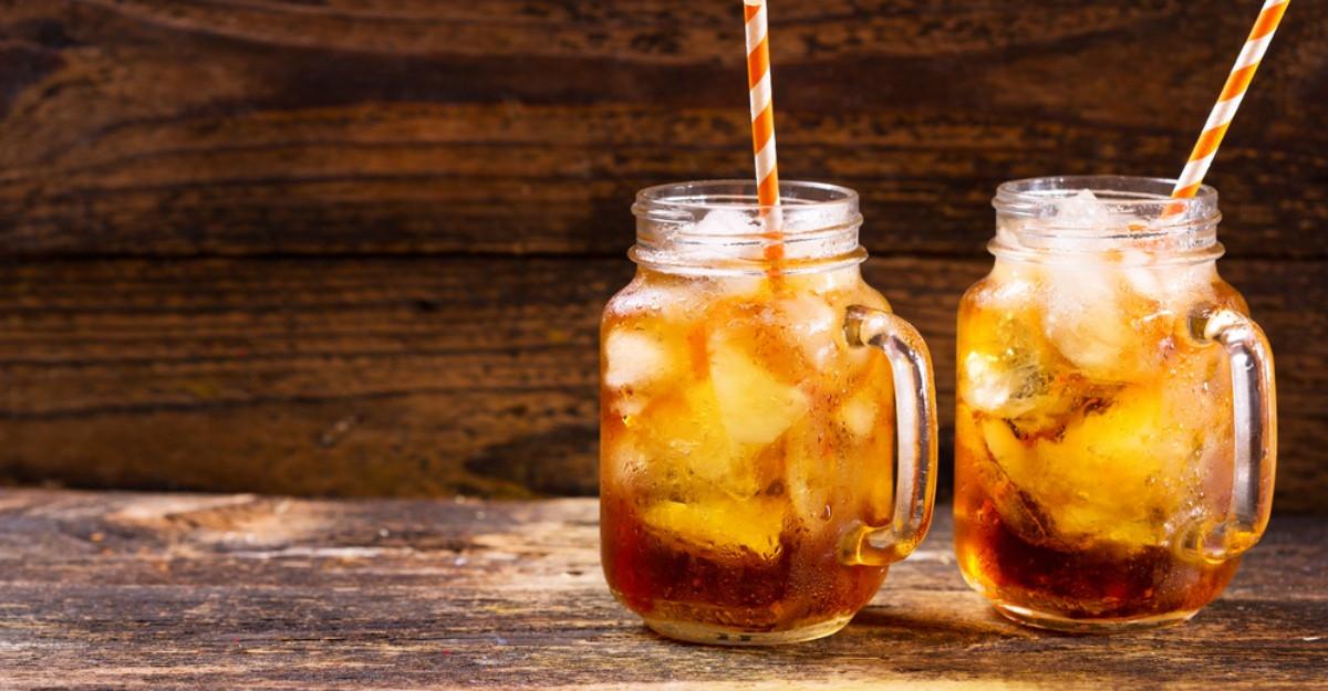 Cele mai bune ceaiuri pentru zilele de vară