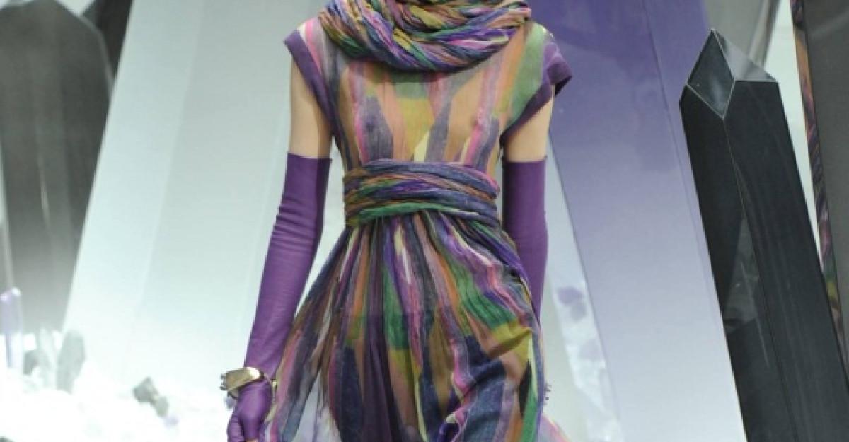 Video: Chanel toamna iarna 2012-2013