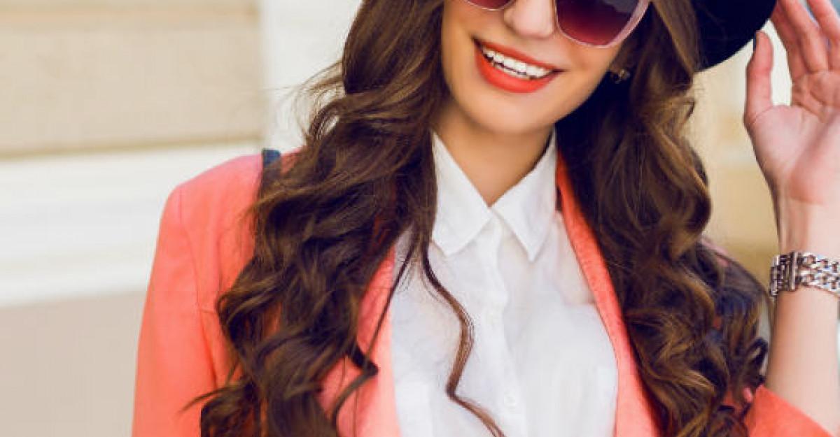 Cele 5 piese indispensabile in garderoba unei femei care stie ce este bunul gust