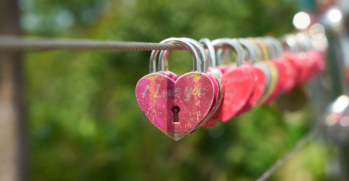 Declarații de dragoste cu Pandora