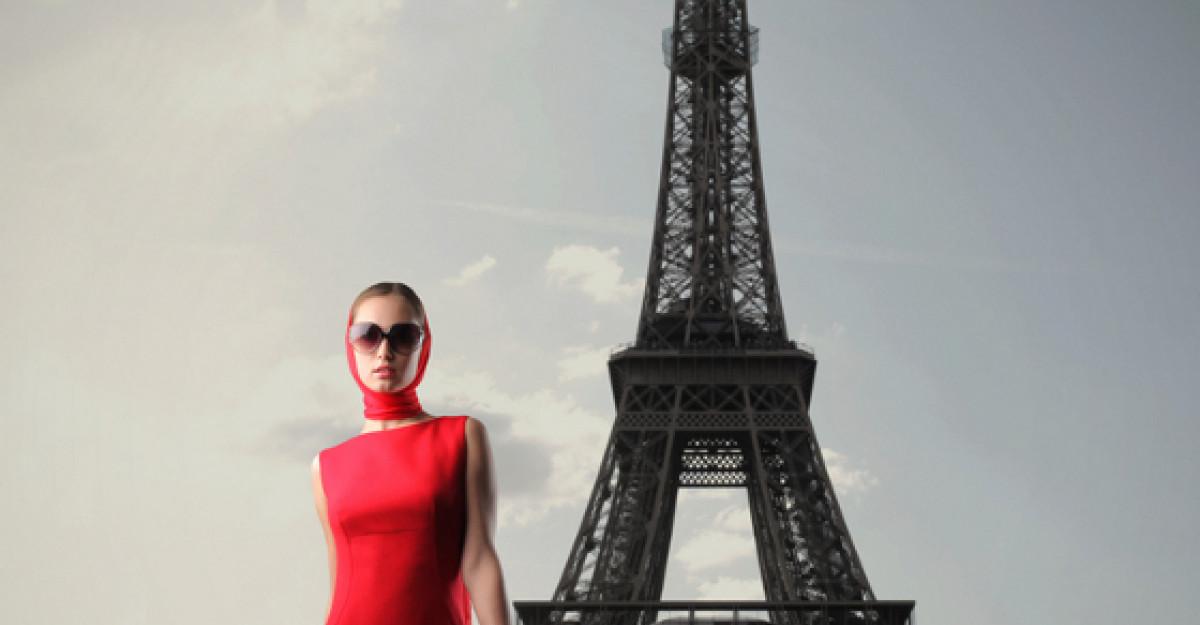 Video: Parisul se pregateste de sarbatoare