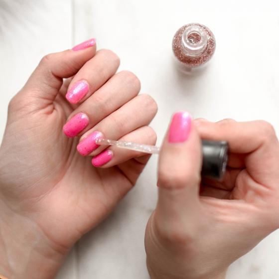 Cele mai șic nuanțe de ojă pentru toate formele de unghii: pe tine ce te flatează?