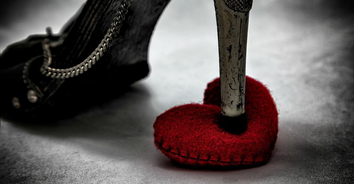 Explicatia psihologului: Iubirea neimpartasita se transforma in ura, furie sau tristete
