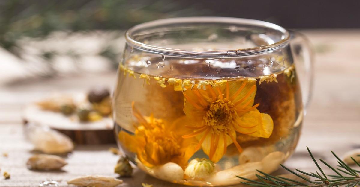 Ceaiul de iasomie: Beneficii pentru sanatate