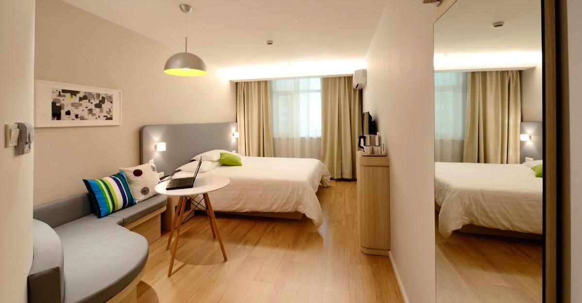 3 avantaje aduse de transformarea garsonierei într-un apartament de două camere
