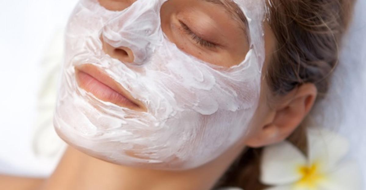 5 masti de fata naturale pentru revitalizarea tenului