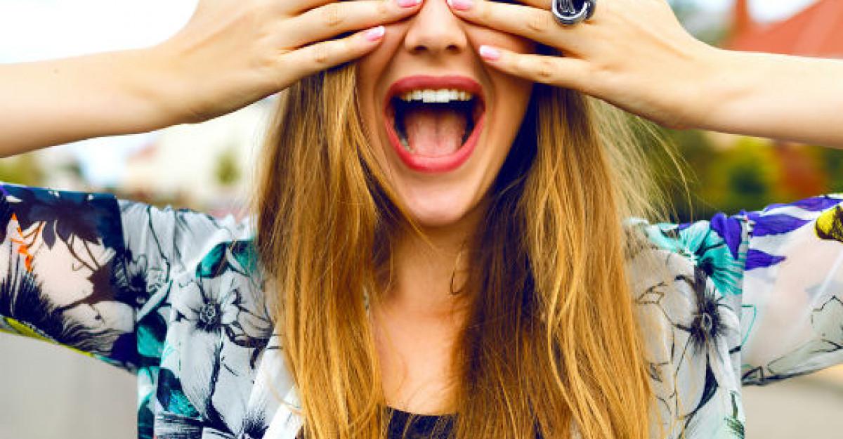 5 situatii amuzante in care se regasesc doar femeile care s-au saturat de epilat