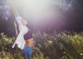 Cinci exerciții pentru un abdomen plat