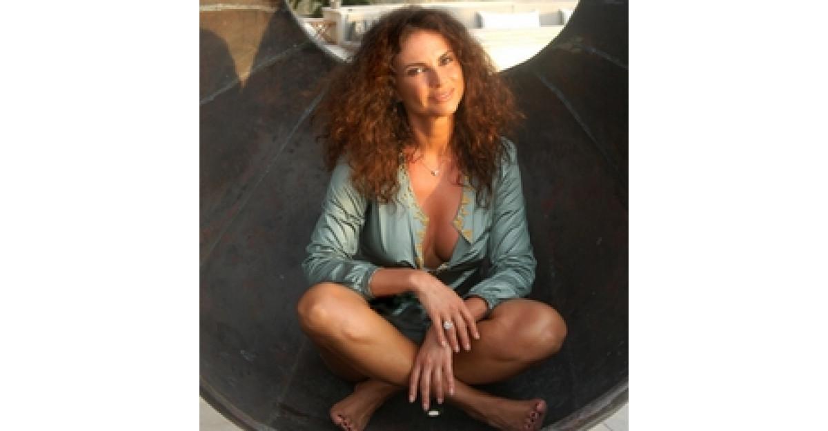 Ramona Badescu, sarbatorita de iubit in Caraibe