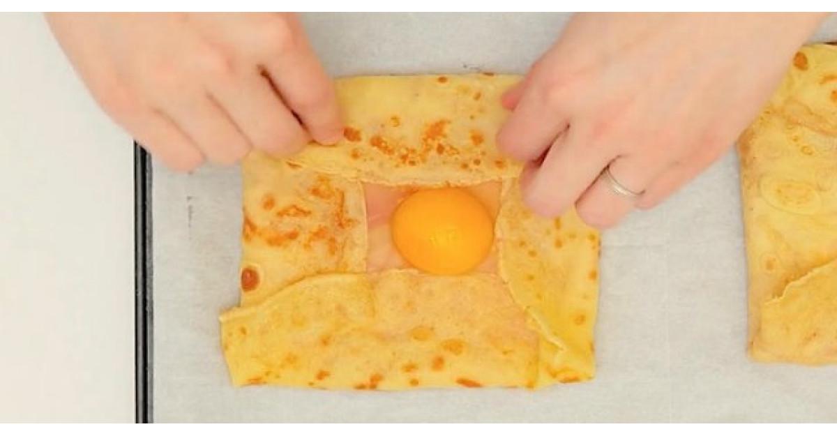 Adauga un ou peste o clatita. Este cel mai delicios mic dejun din lume
