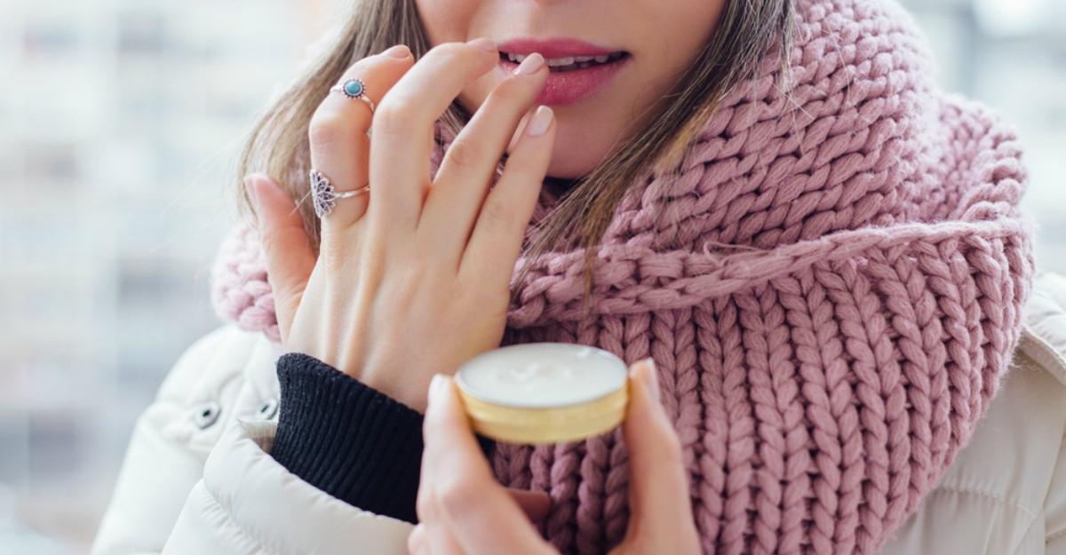 Cum ai grijă de buzele tale în timpul sezonului rece?