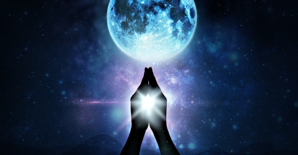 Luna Noua in Sagetator de pe 26 noiembrie intrerupe ciclul negativitatii si ne vindeca de ranile trecutului