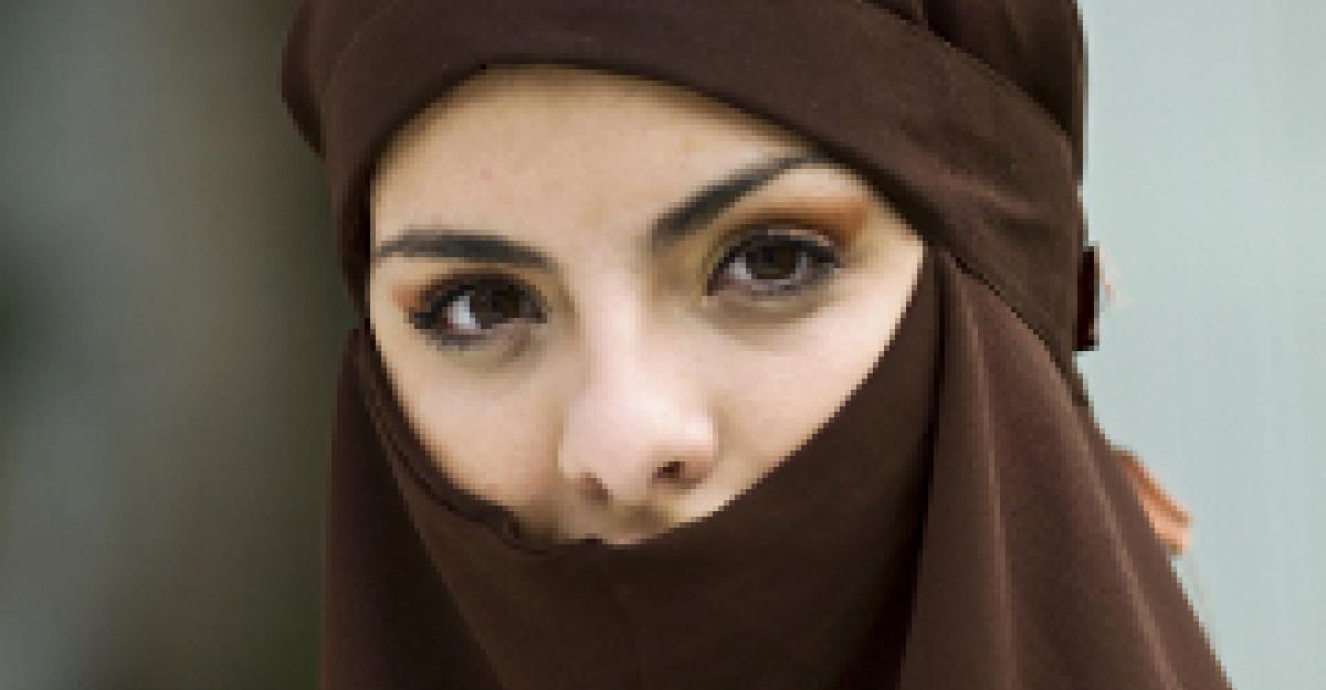 Cum consideră locuitorii ţărilor musulmane că ar trebui să se îmbrace femeile - FOTO, VIDEO