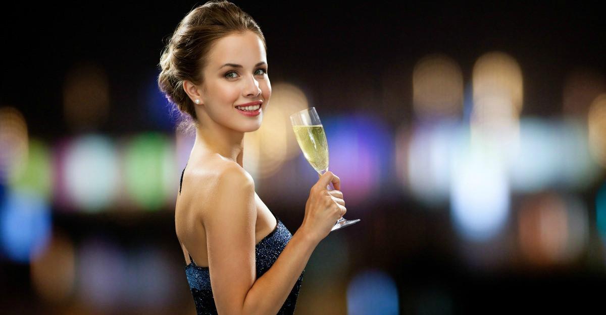 Fii regina petrecerii in noaptea de Revelion!