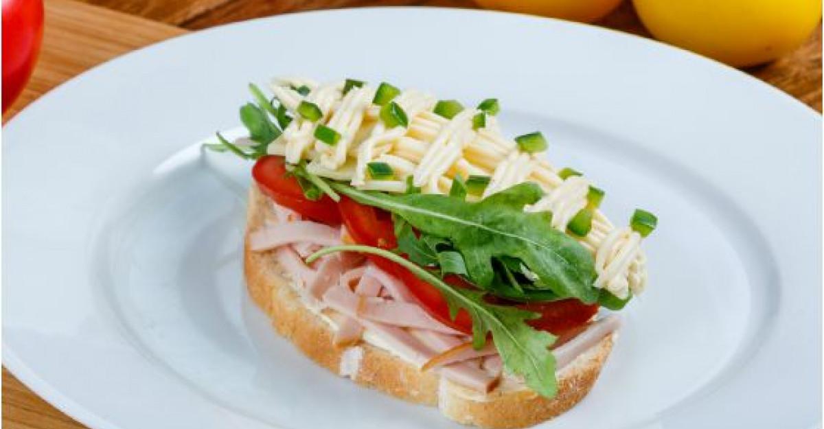 Noul Hochland Tartino pune un zambet in fiecare sandvis