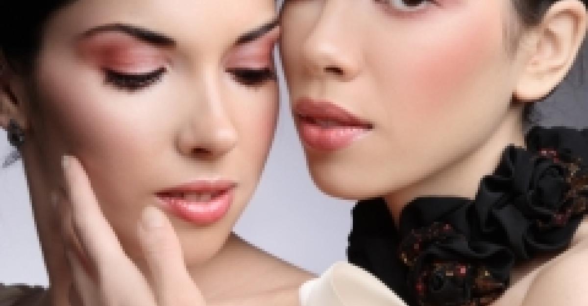 4 tipuri de make-up propuse de 4 designeri celebri