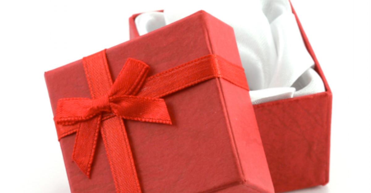 4 idei de cadouri originale pentru nasi