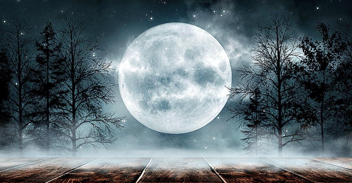 Luna Plină Albastră de pe 31 octombrie va influența cel mai mult aceste 4 zodii