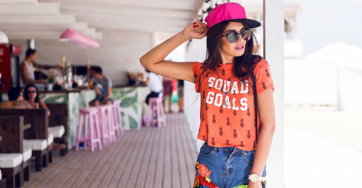 3 outfit-uri urbane cu care sa impresionezi vara asta