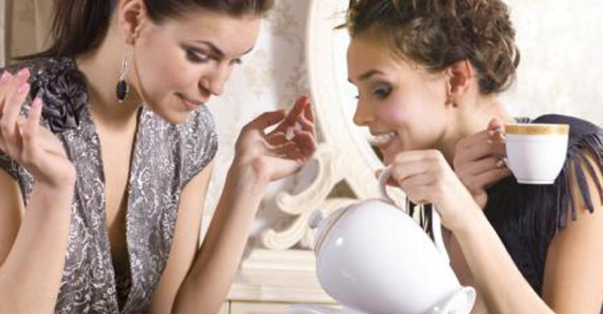Vorba multa, sanatatea femeii: 5 beneficii psihologice ale barfelor