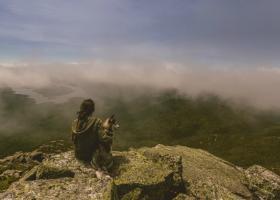 5 moduri eficiente sa iti transformi viata cand te simti la pamant