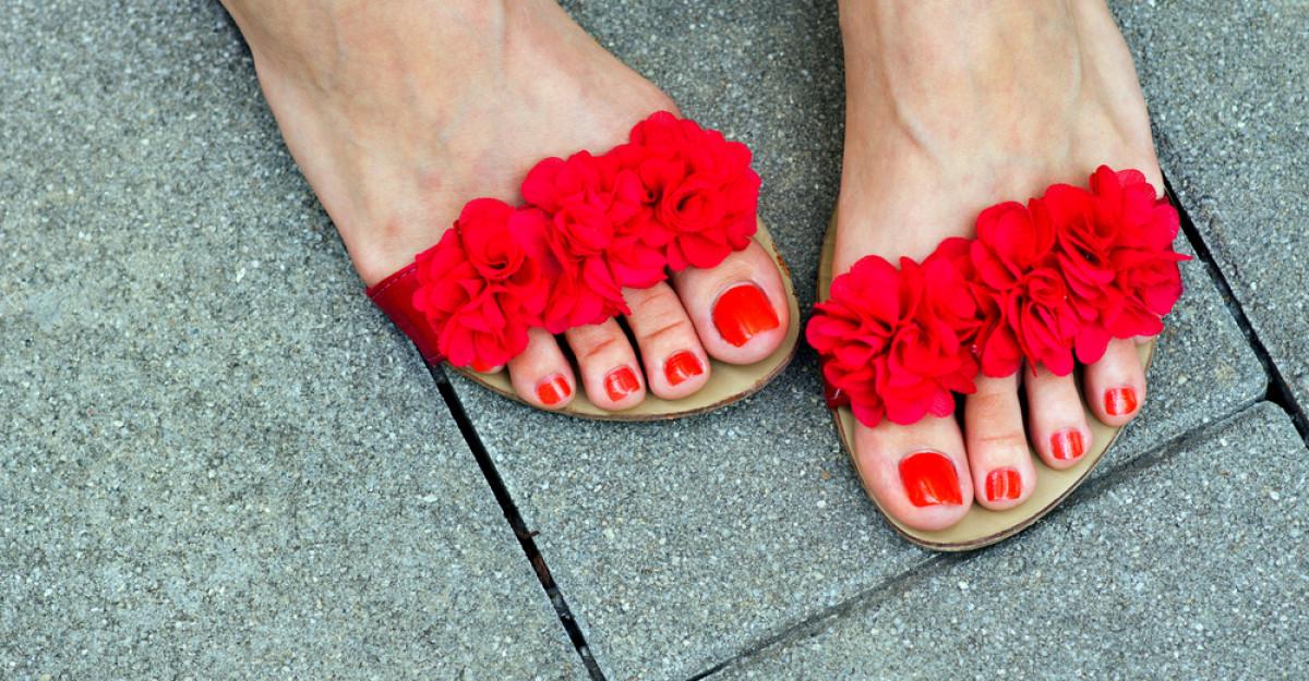 16 modele de sandale si papuci