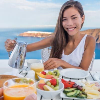 Cum să mănânci corect când călătorești