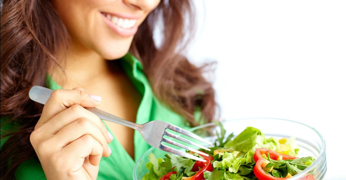 Ghid de alimentatie in functie de varsta: Ce sa mananci la 20, 30 si 40 de ani