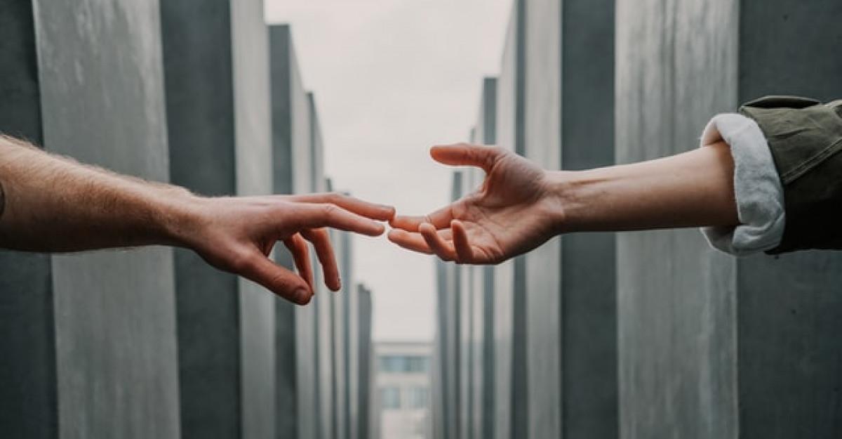 Dispută vs dezbatere în psihoterapia de cuplu
