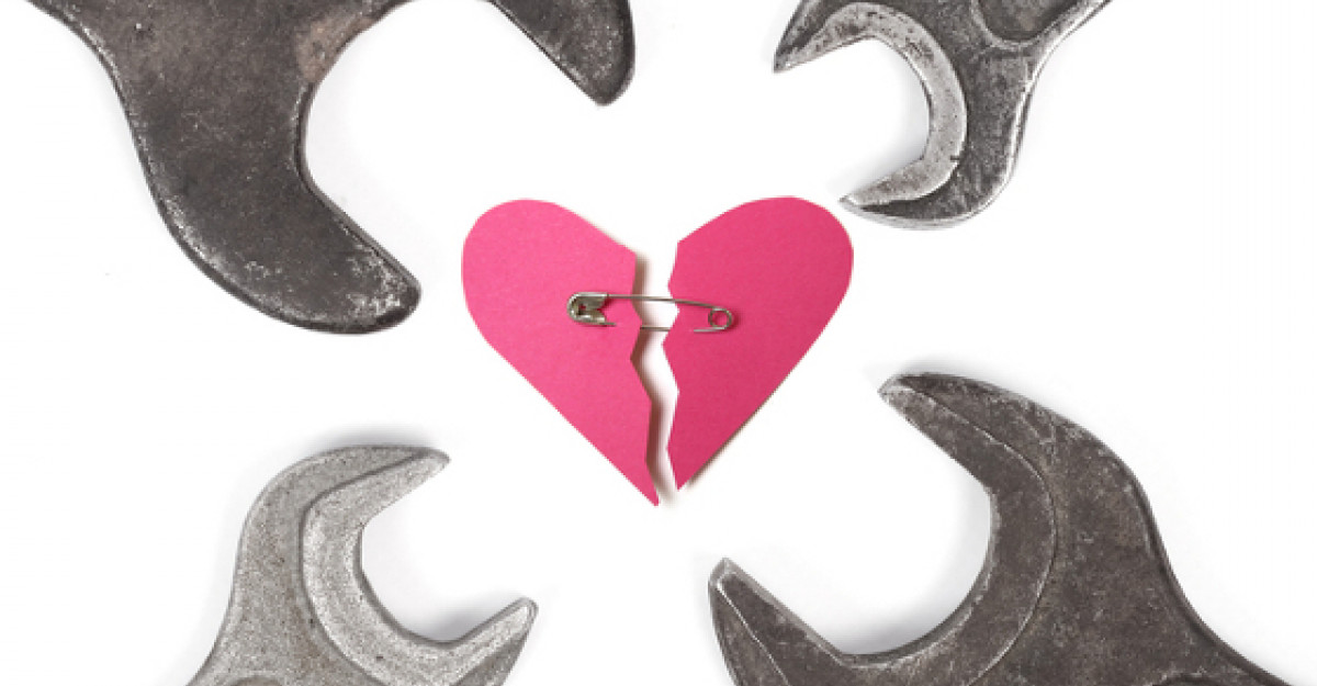 Cine ne ucide dragostea? 5 dusmani mici care distrug o Iubire Mare