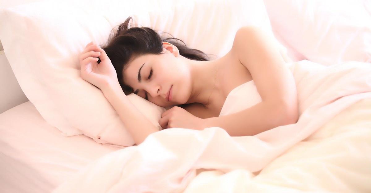 Cum sa ai parte de mai mult somn adanc, ca sa te trezesti energizata