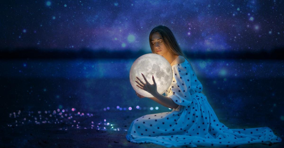 Cadoul divin pe care Universul ți l-a oferit la naștere în funcție de luna în care te-ai născut