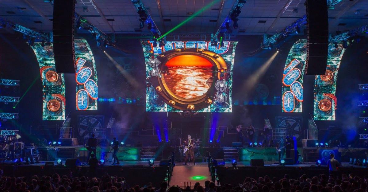 Electric Castle gazduieste un spectacol LED record in Romania!