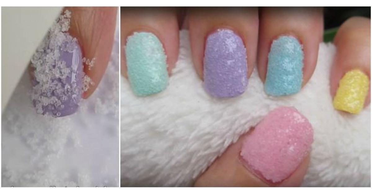 Video: Adauga sare grunjoasa pe unghia proaspat colorata. Motivul? Arata WOW